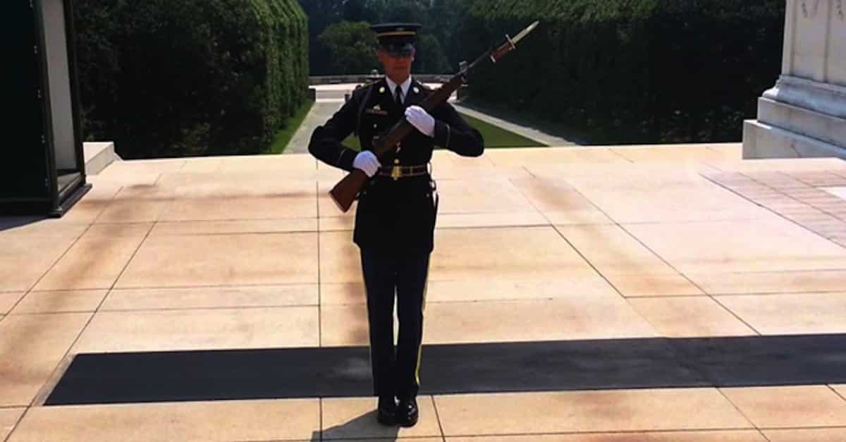 Rude Men Disrespects Memorial. This Soldier Puts Them In Their Place!
