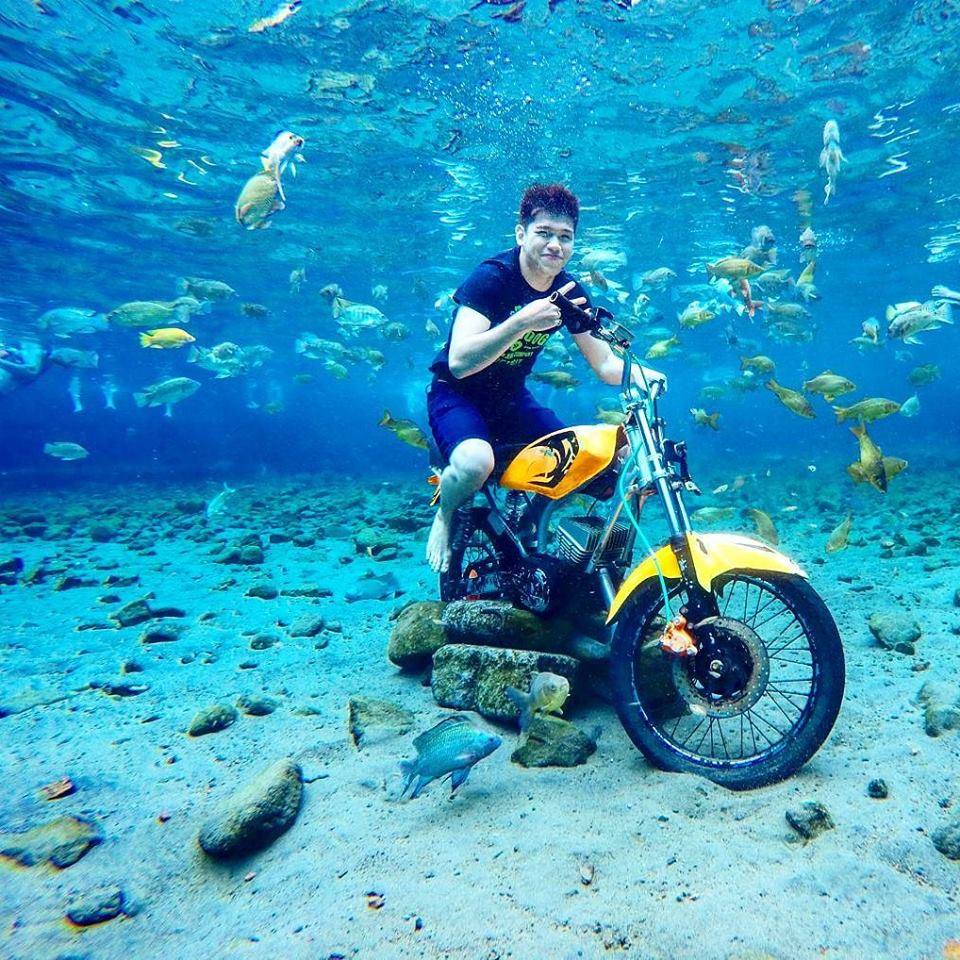 Take The Most Epic Selfies In This Underwater Attraction In Indonesia - 6 amazing underwater attractions